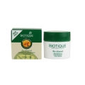 Biotique Bio Almond soothing And Nourishing Eye Cream-15gm