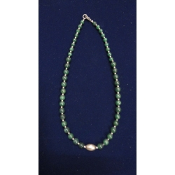 Necklace Of green Zade with silver beads