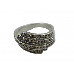 R0012-Nice Ring With Beautiful Zircon Gemstone